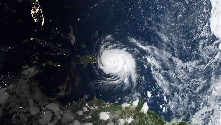 "Hurrikan ""Maria"": Häuser zerstört, Straßen überflutet"