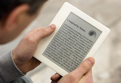 E-Ink auf dem Vormarsch: Die Technik ermöglicht gestochen scharfe Schriften bei minimalem Energieverbrauch - ideal für Lesegeräte wie den txtr