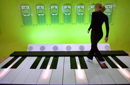 Klingelton-Klavier auf der Cebit: Trendwende für Musikgeschäft ingesamt steht noch aus