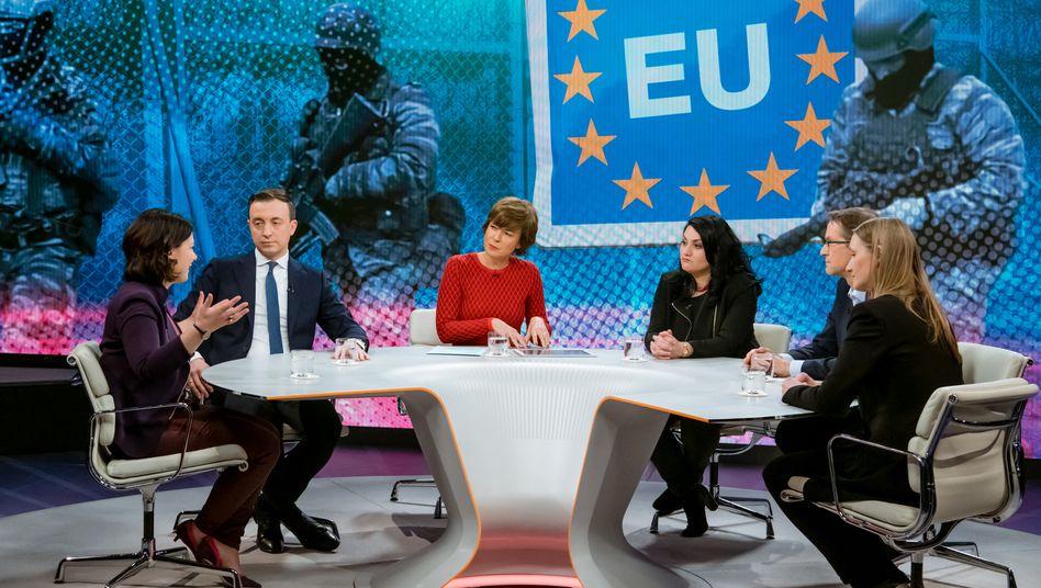 """Moderatorin Illner (3.v.l.) mit ihren Gästen: """"Erdogan und die Flüchtlinge - Erpressung oder Notwehr?"""""""