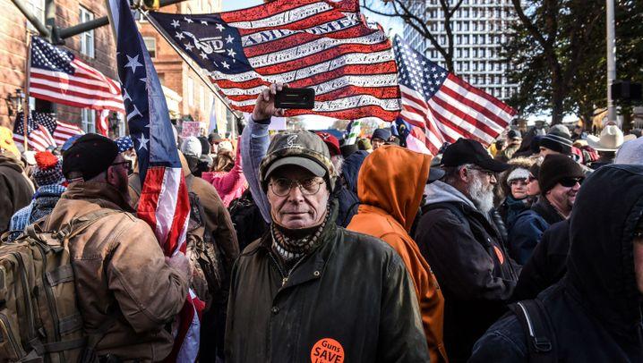 """Pro-Waffen-Proteste in Virginia: """"Komm und nimm es dir"""""""