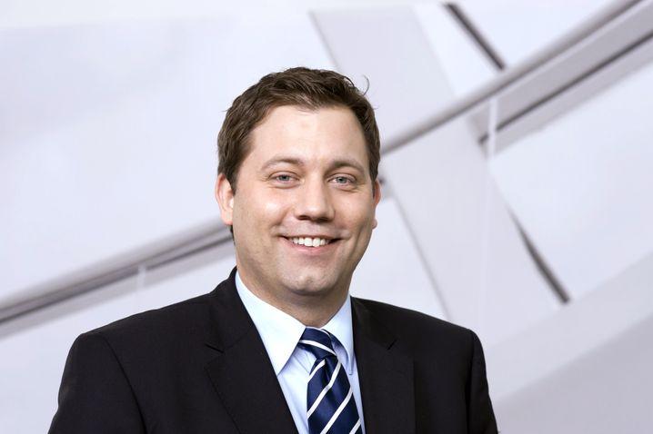 Der Politikwissenschaftler Lars Klingbeil, geboren 1978, saß bereits 2005 für neun Monate im Bundestag. Für die SPD übernimmt für die Rolle des Obmanns in der Web-Enquete