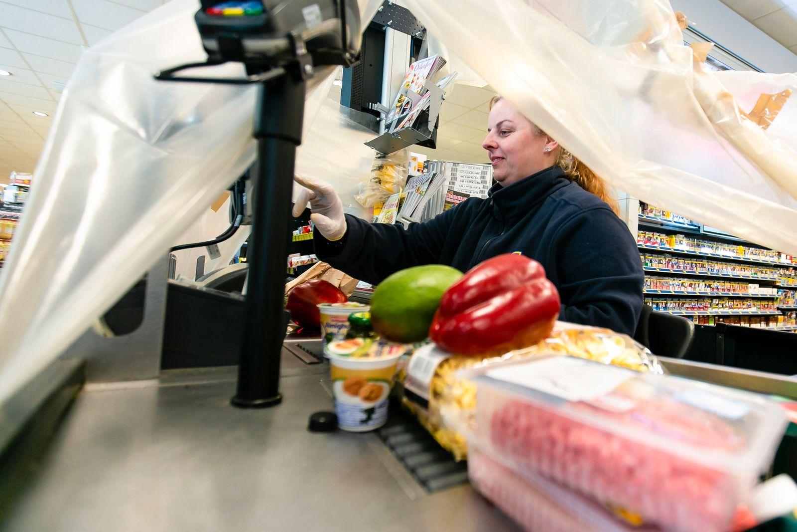 Coronavirus - Supermarkt in Langballig