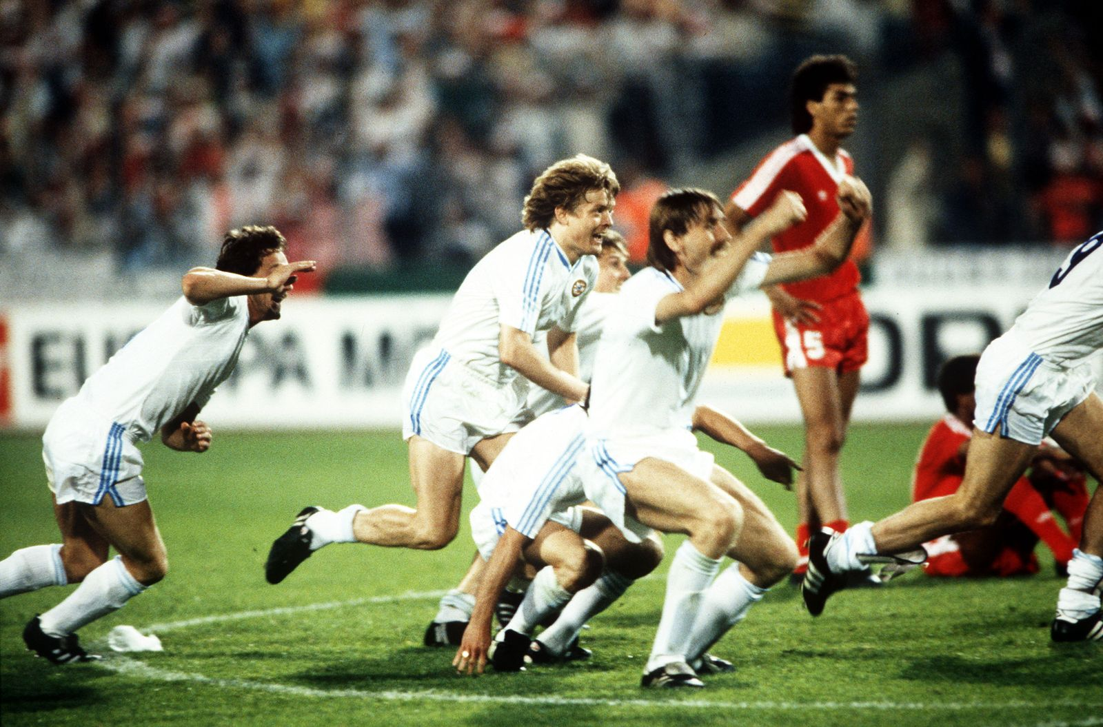 Football. European Cup Final. Stuttgart, West Germany. 25th May 1988. Benfica 0 v PSV Eindhoven 0 (after extra time, PSV win 6-5 on penalties). PSV players celebrate after Hans Van Breukelen saved the vital penalty in the shoot-out.
