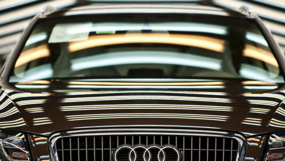 Fertiger Wagen im Audi-Werk Ingolstadt: Teure deutsche Autos in China und USA begehrt
