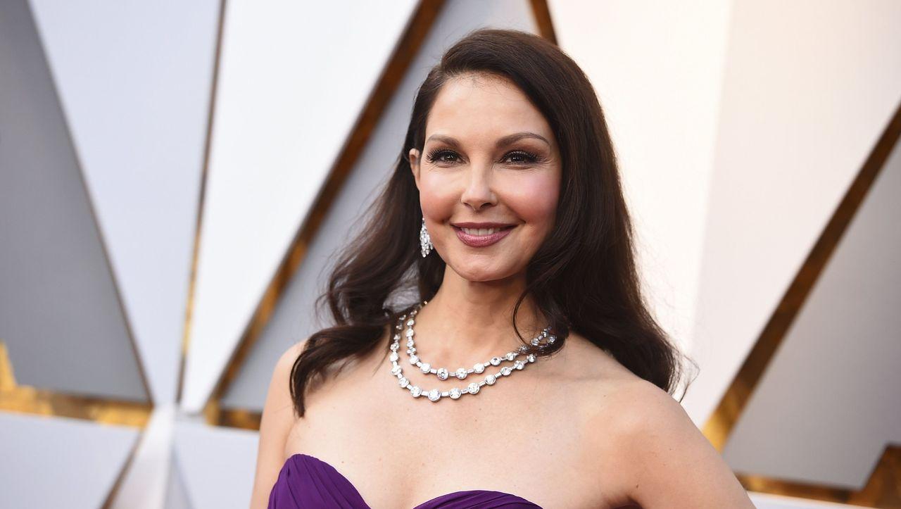 Beinbruch im Dschungel: US-Schauspielerin Ashley Judd von Einheimischen gerettet - DER SPIEGEL