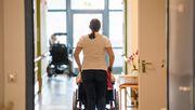 Viel zu wenig neue Pflegekräfte