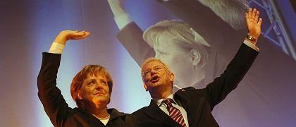 Merkel, Koch: Erstmals auch Kritik aus den eigenen Reihen