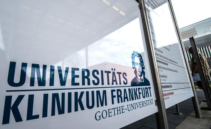 Eingang zur Uniklinik Frankfurt