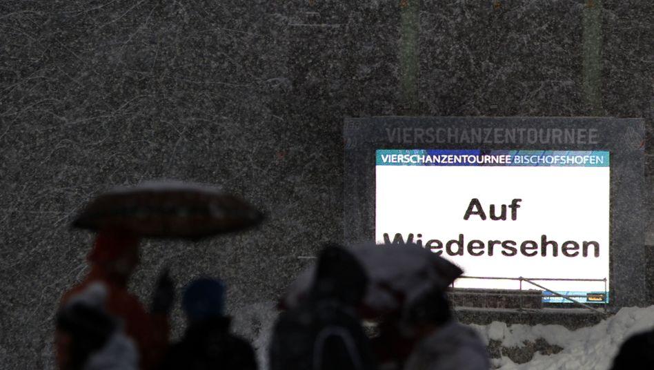 """Anzeigetafel in Bischofshofen: """"Es war einfach viel zu gefährlich"""""""