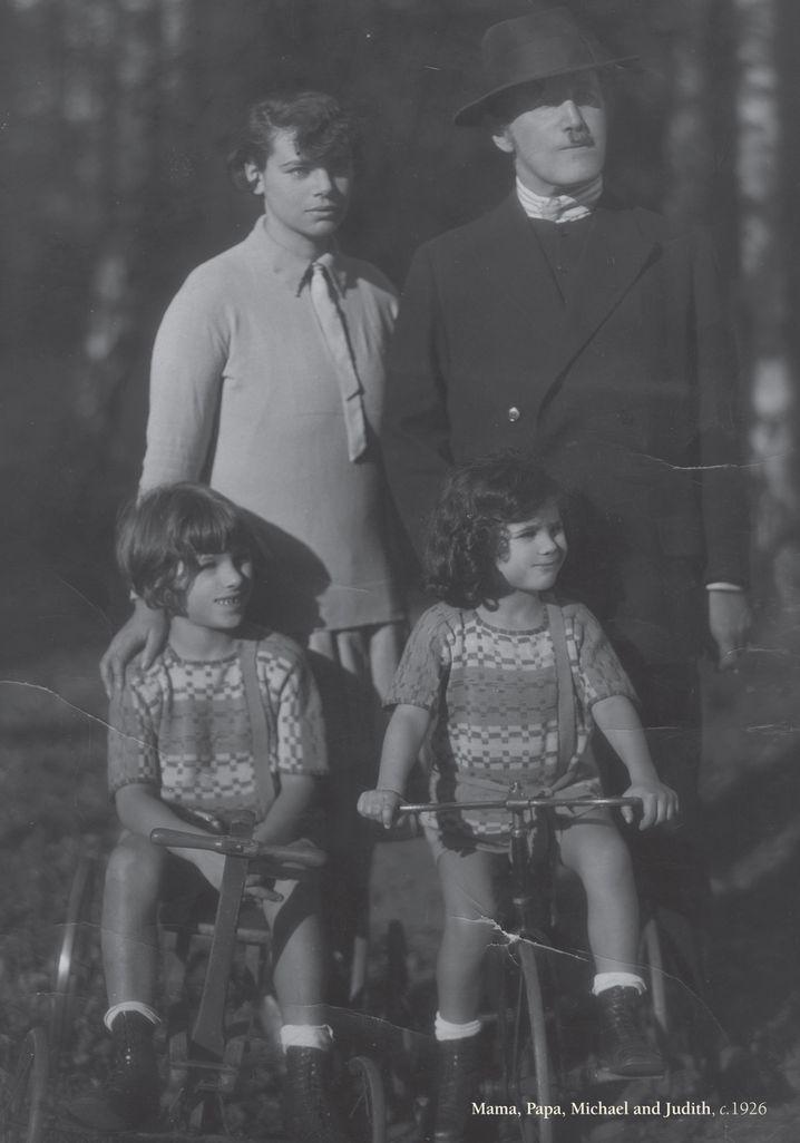 Familie Kerr um 1926