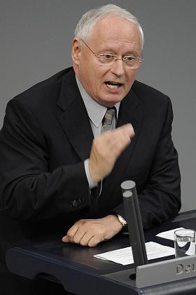 """Linken-Chef Lafontaine im Bundestag: """"Bankster"""" ins Gefängnis"""
