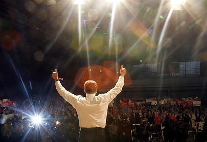 Schröder beim Wahlkampfauftritt: Rückweg ist abgeschnitten