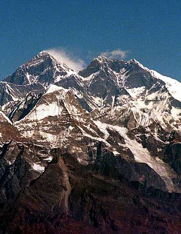 Himalaja-Massiv mit Mount Everest: Gletscherseen drohen zu zerbersten