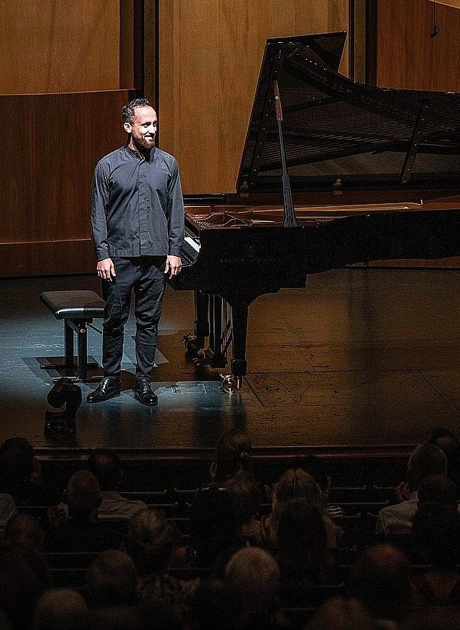 Levit performing in Salzburg: The opposite of a house concert