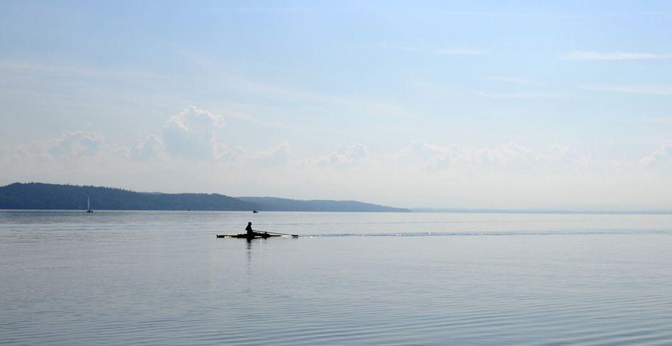 Ruderer auf dem Starnberger See (Symbolbild)