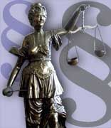 Justitia: Im Namen der Gerechtigkeit - wenn auch nur zur Übung