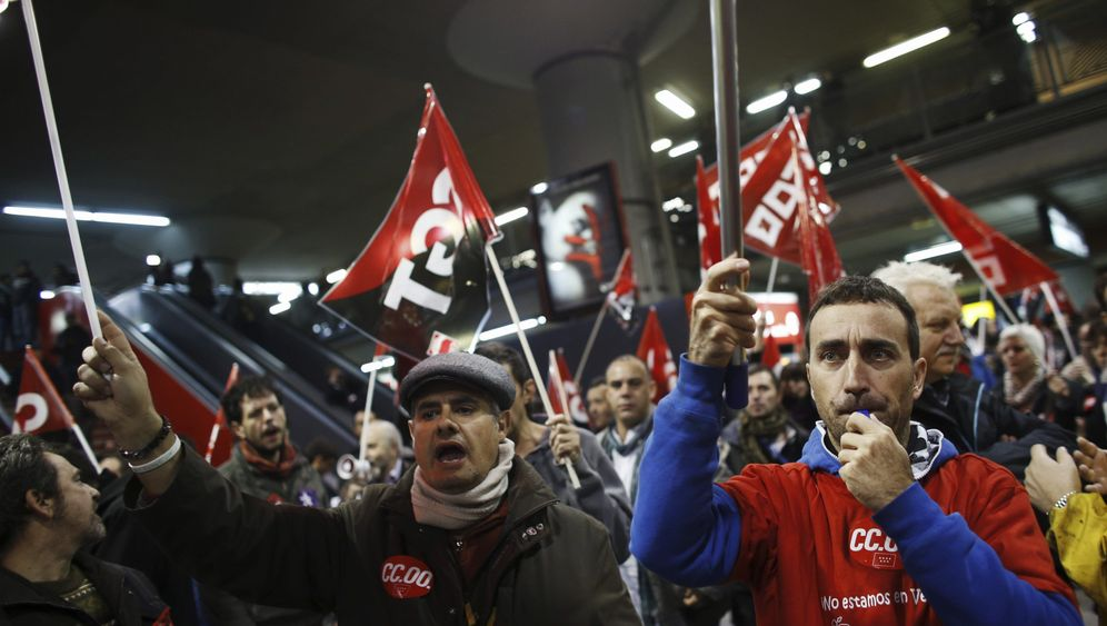 Photo Gallery: Strikes Across Europe