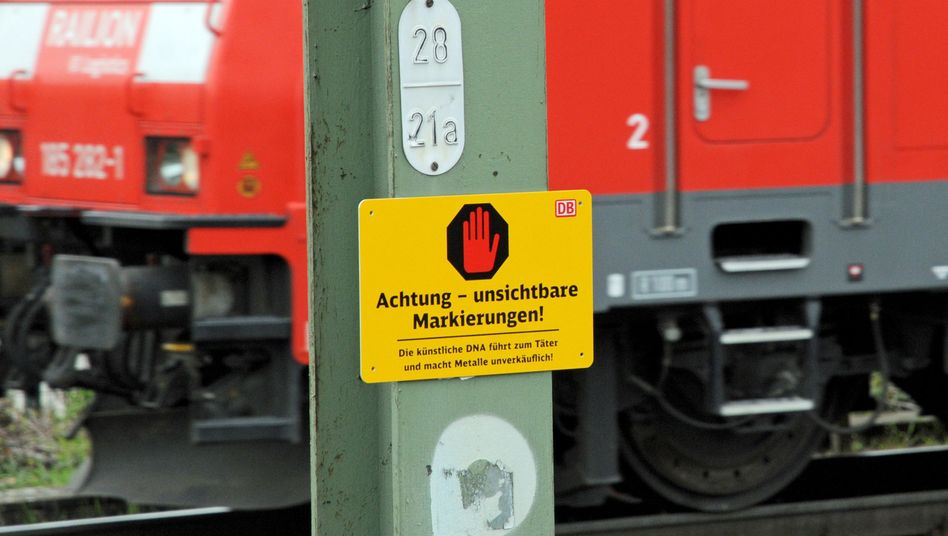 """""""Achtung - unsichtbare Markierungen"""": Die Bahn schützt Kabel und Schienen vor Dieben"""