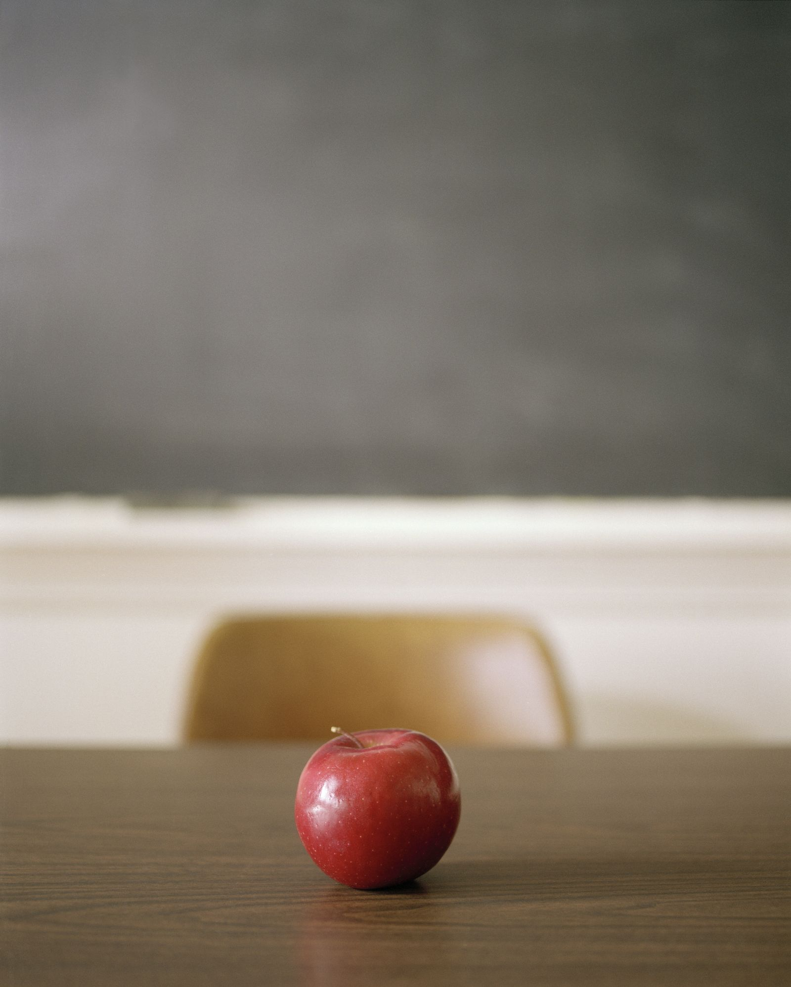 EINMALIGE VERWENDUNG Schule/ Apfel