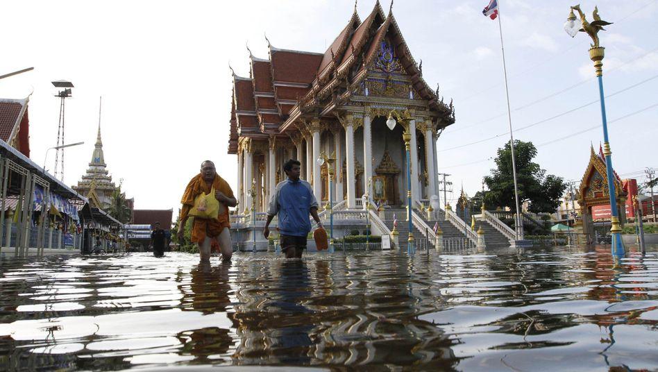Flut am Rand von Bangkok: In den nächsten Tagen könnten alles Stadtteile betroffen sein