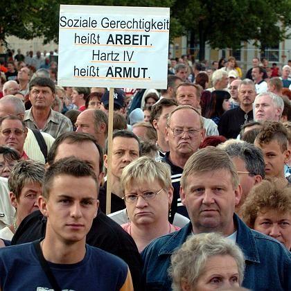Anti-Hartz-IV-Demo in Magdeburg: Die meisten Bürger wollen Reiche stärker zur Kasse bitten