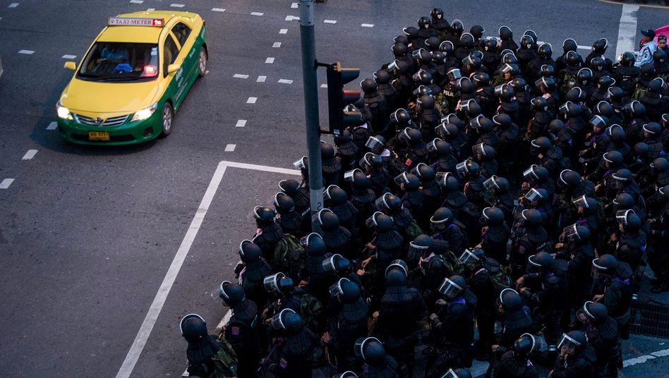 Polizeieinheiten in Bangkok
