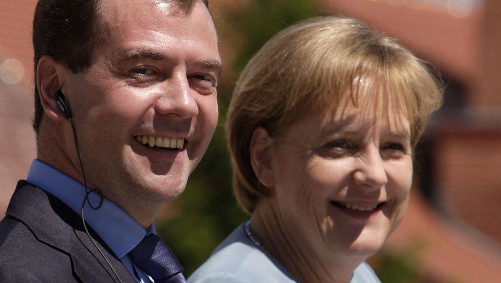 Deutsch-russische Konsultationen: Medwedew zu Gast bei Merkel