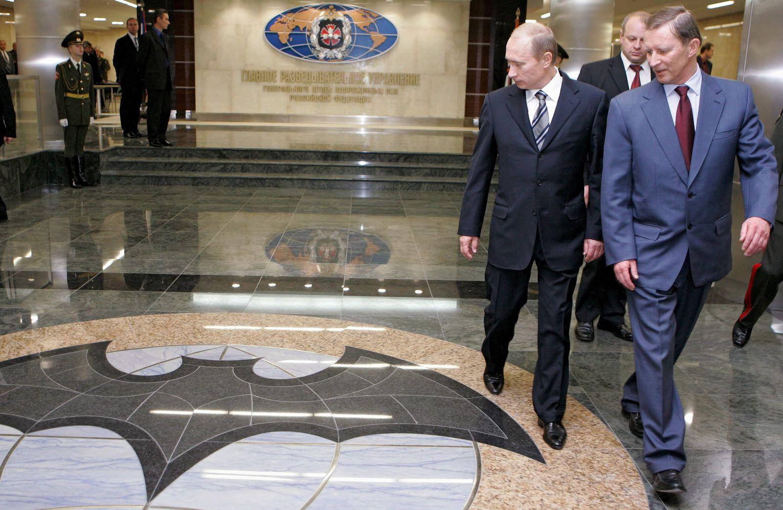 EINMALIGE VERWENDUNG Plus Sp 42/18 Putin GRU S.101
