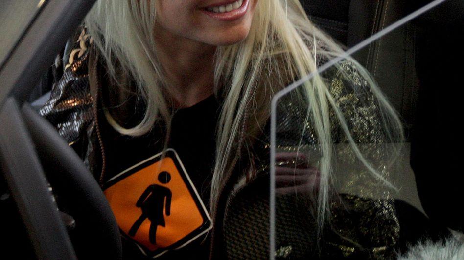 Erotikdarstellerin Cora: Tod nach sechster Brust-Operation