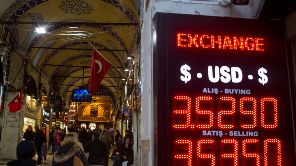 Wechselstube in Istanbul (Archiv)