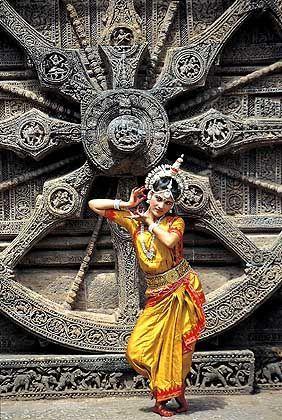 Tempeltänzerin: Urlauber können Indiens Kultur hautnah miterleben