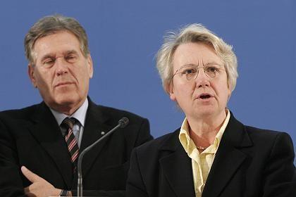 Glos und Schavan: Für den Bürger weitgehend unbekannte Größen im Kabinett Merkel