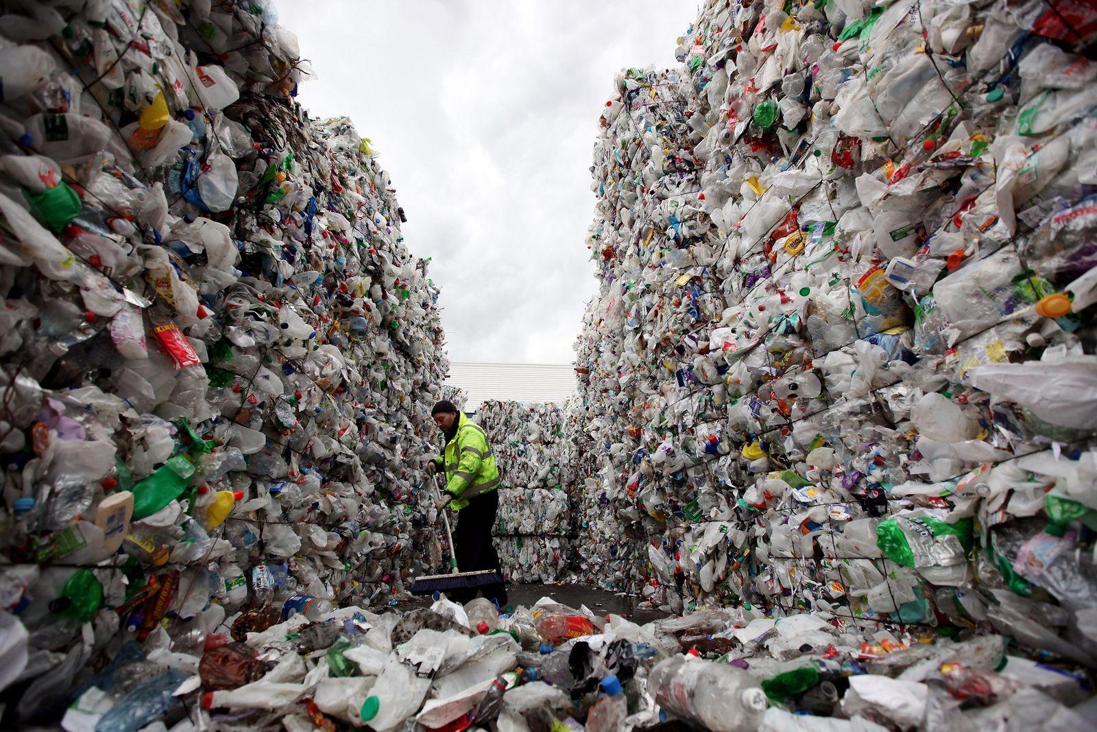 Closed Loop Recycling / Plastik / Müll