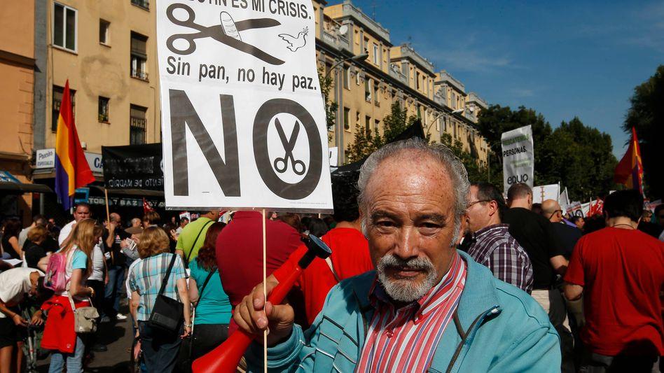 Spanischer Demonstrant: Proteste gegen die Kürzungspolitik