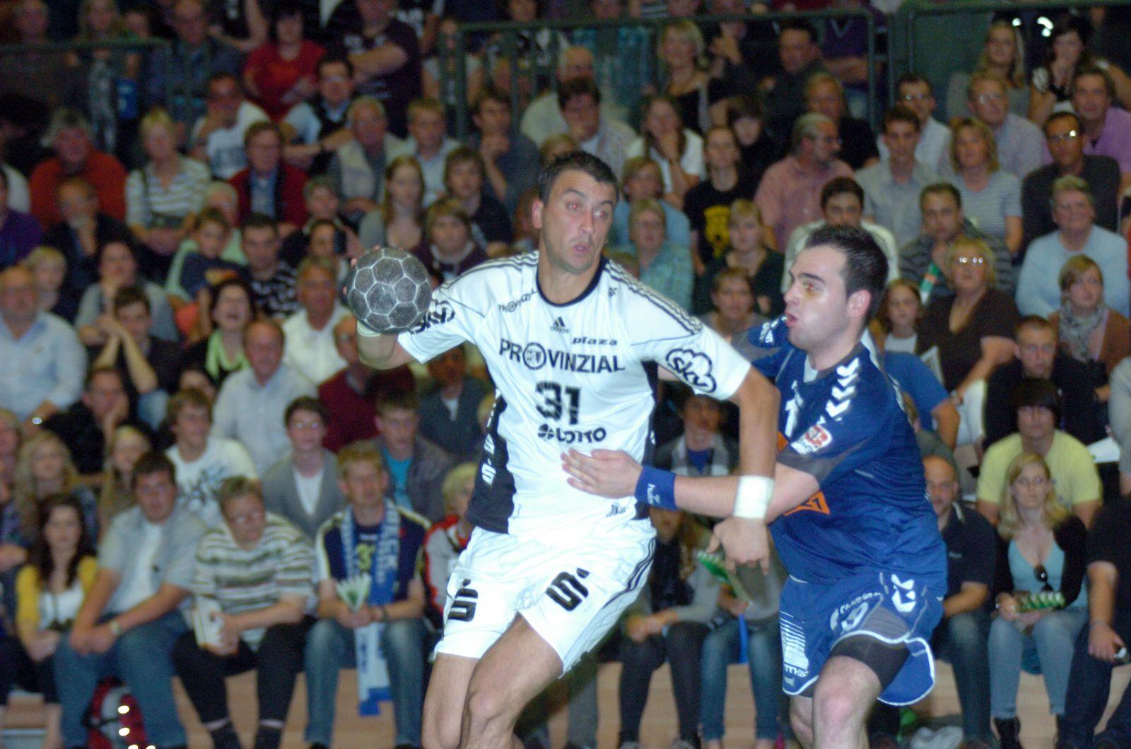 EINMALIGE VERWENDUNG Handball / Fredenbeck vs Kiel