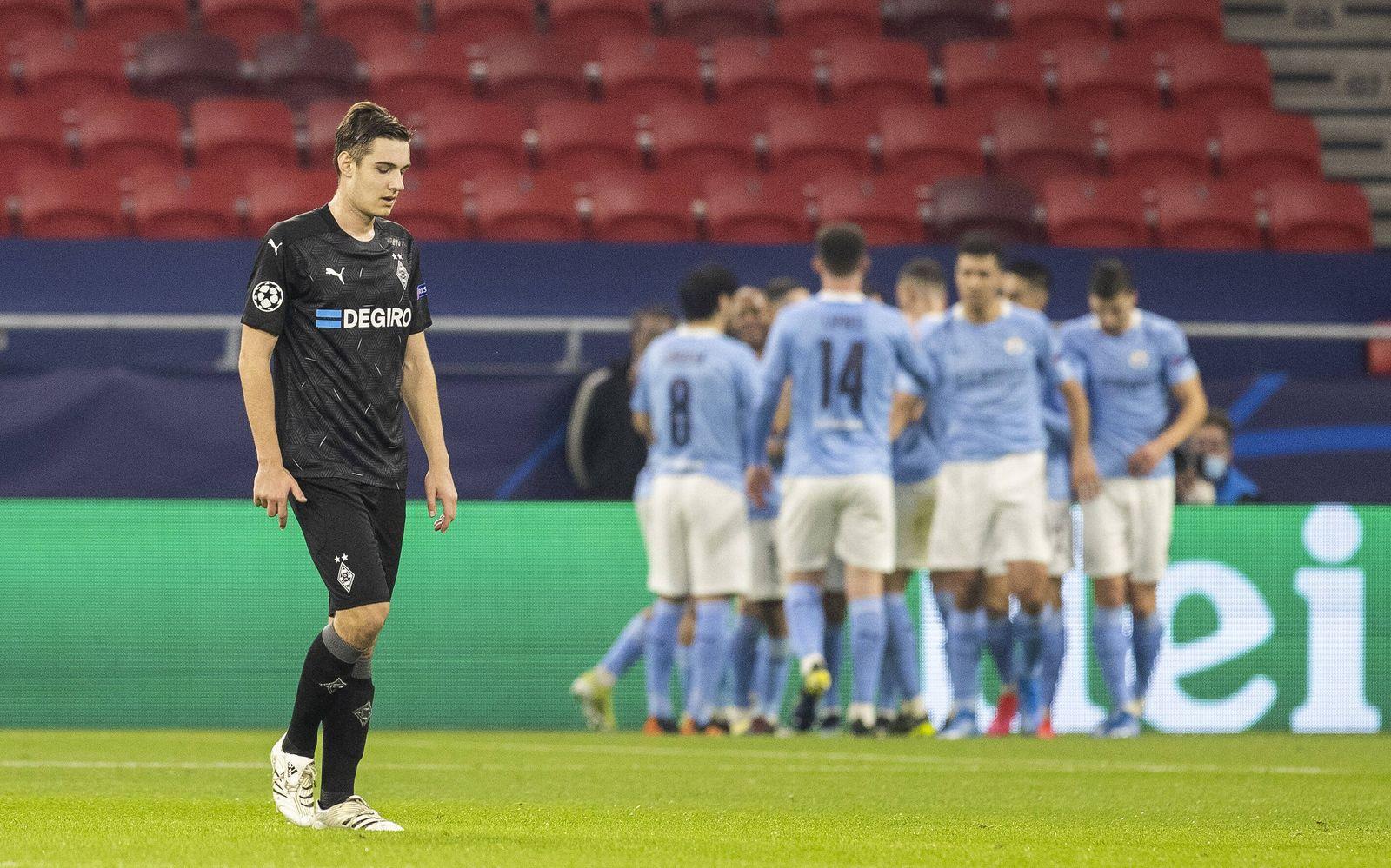 Florian Neuhaus (BMG) enttäuscht Borussia Mönchengladbach - Manchester City Budapest, 24.02.2021, Fussball; Champions L