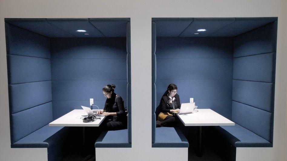 LinkedIn-Mitarbeiterinnen in San Francisco: Wildern bei der Konkurrenz