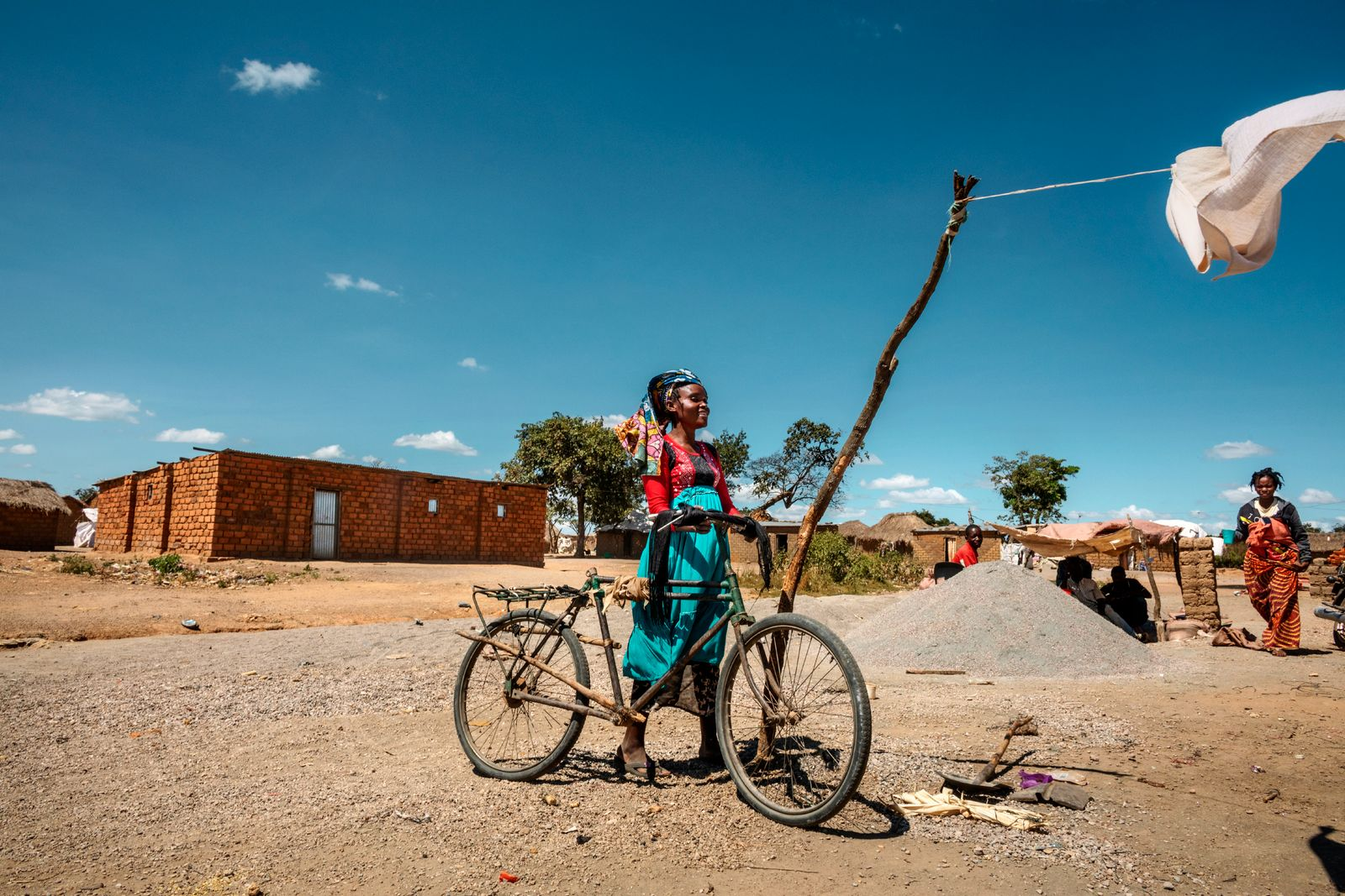 Globale Gesellschaft/ Bloody batteries/ Kongo
