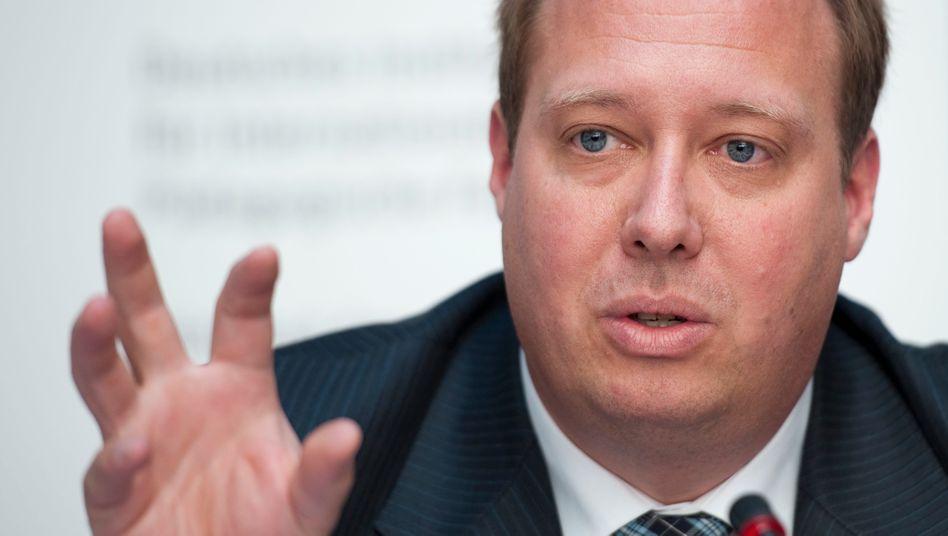 """Minister Braun (CDU): """"Da müssen die Ordnungsbehörden und die Polizei tätig werden"""""""