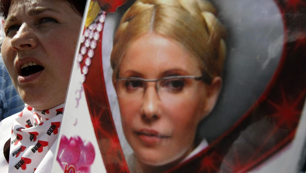 Photo Gallery: Tymoshenko Tension
