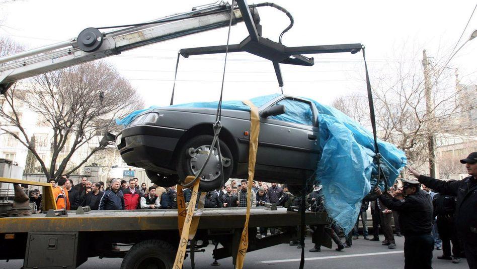 Autowrack in Teheran: Wer steckt hinter dem geheimen Killerkommando?