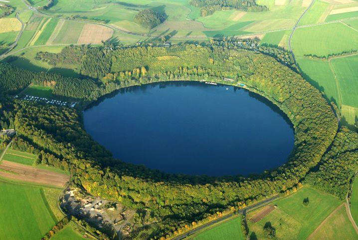 Eifel: Maare (Vulkankrater-Seen), Wälder und jede Menge Gegend
