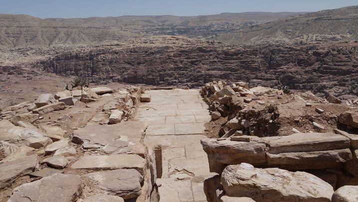Antikes Petra: Bergpalast auf der Umm al-Bijara