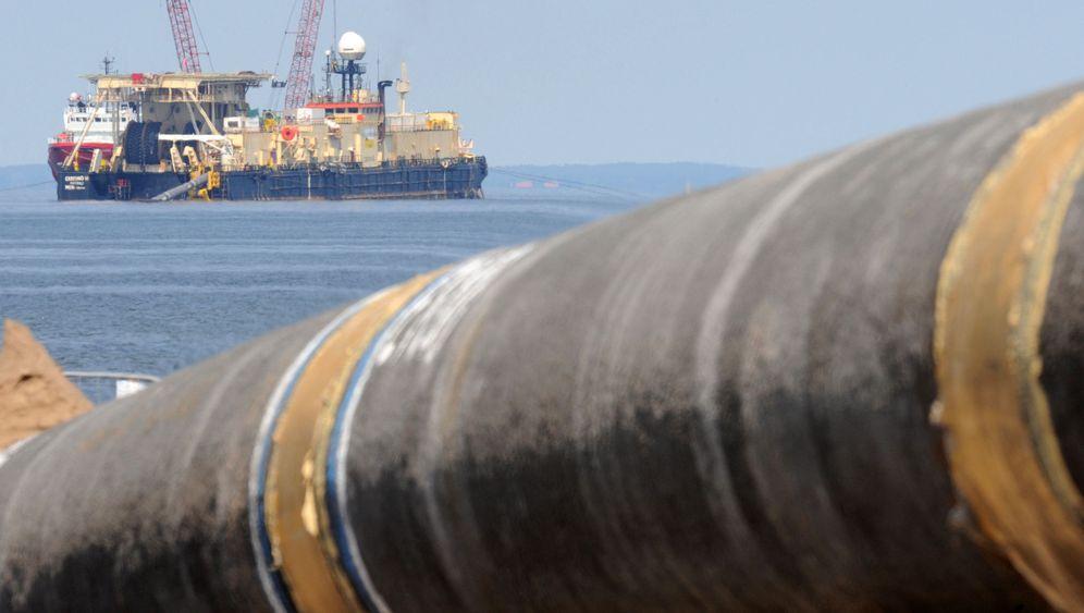 Photo Gallery: Poles Apart on Energy