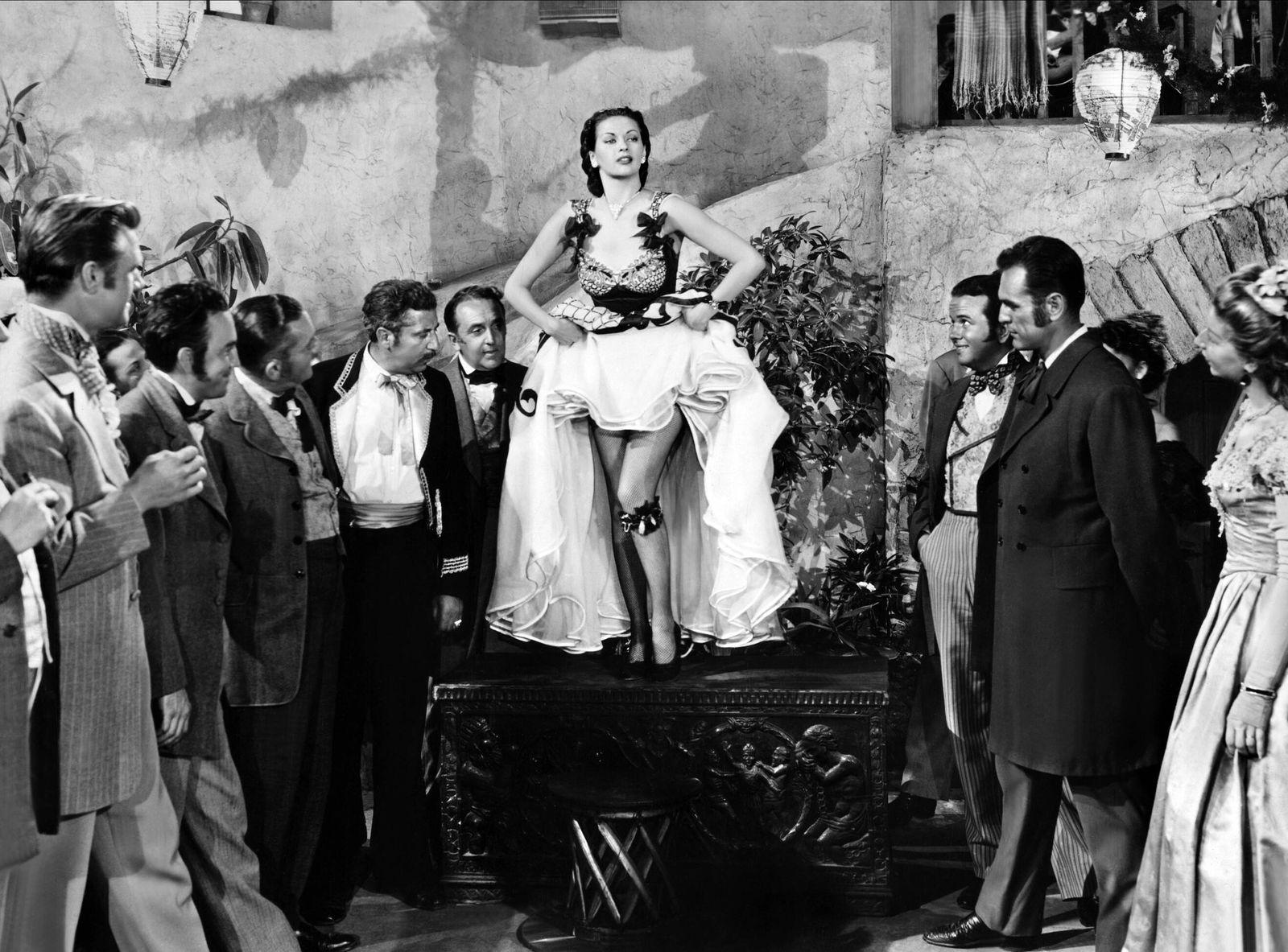 Yvonne De Carlo Characters: Lola Montez Film: Black Bart (1948) Director: George Sherman 03 March 1948 Die schwarze Mask