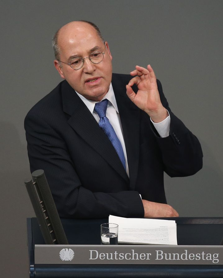 """Left Party luminary Gregor Gysi: """"Anything NATO and the EU could have done wrong they did do wrong."""""""