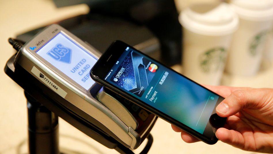 Bezahlvorgang mit Apple Pay