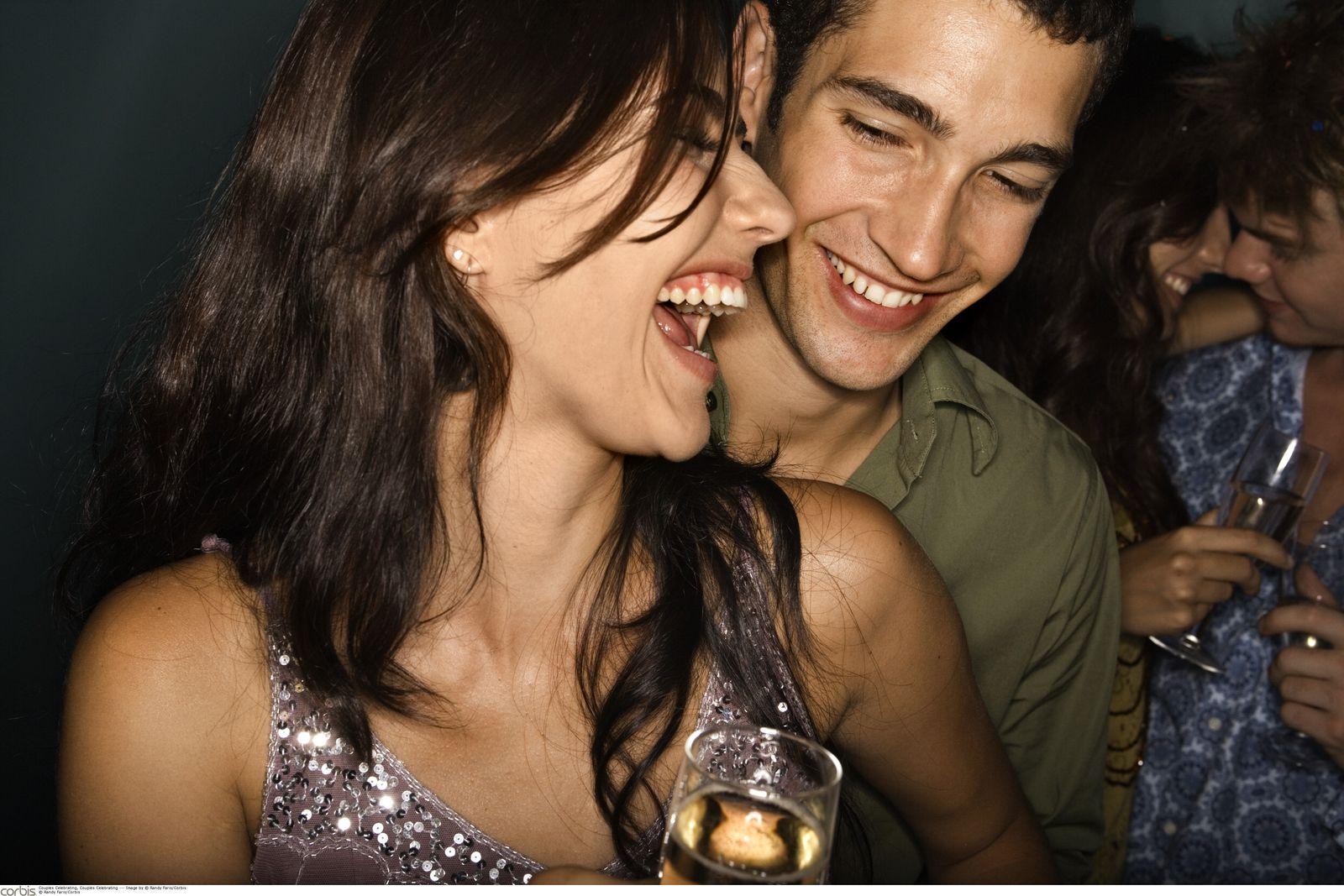 NICHT MEHR VERWENDEN! - Symbolbild Party / Spassgesellschaft / Flirt