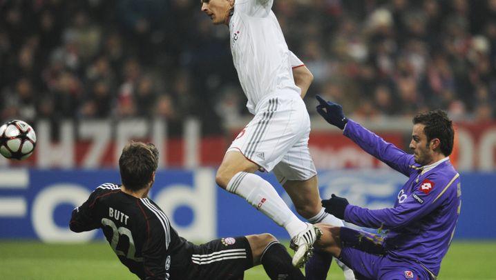 Champions League: Florenz ruppig, Bayern mit Dusel
